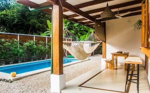 Cozy Studio w/pool in the centre of Santa Teresa!!