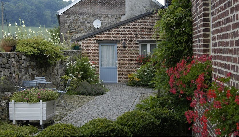 Cozy studio in old farmhouse - Plombières - Daire