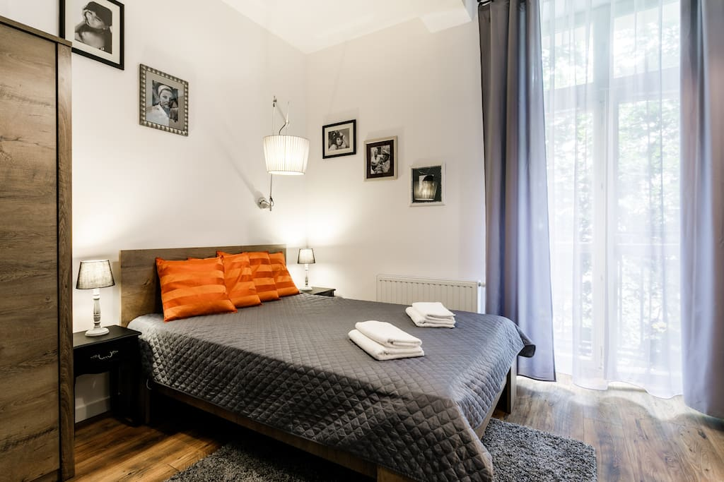 Fantastic studio in central location wohnungen zur miete in krakau ma opolskie polen - Lino 5 metre de large ...
