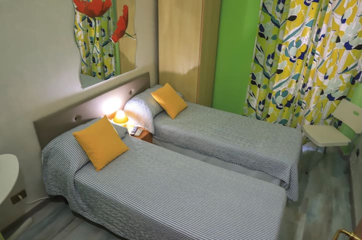 Roman Holidays Hostel near Termini- Double Shared