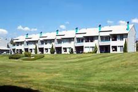 Wapato Point Condo - Manson - Appartement en résidence