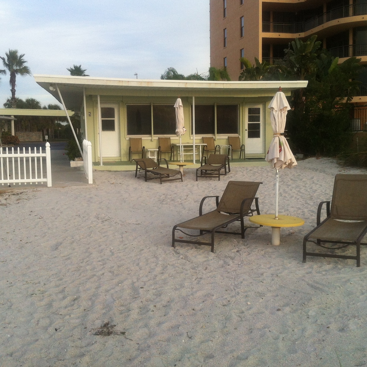 ground floor direct beachfront cottage cottages for rent in rh airbnb com beachfront cottages for rent near me beachfront cottages for rent in florida