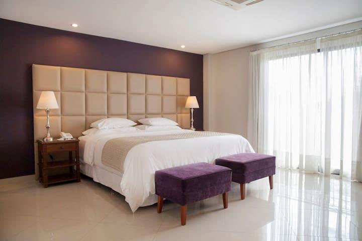 Habitación Extra King en HOTEL LAS LOMAS