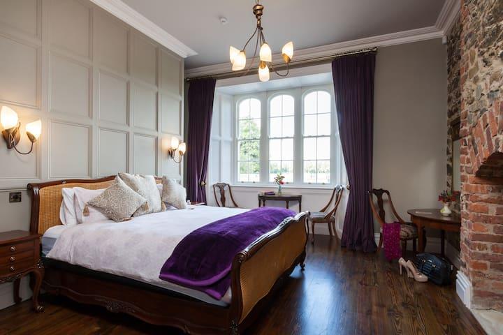 Alcock Suite Bedroom 1