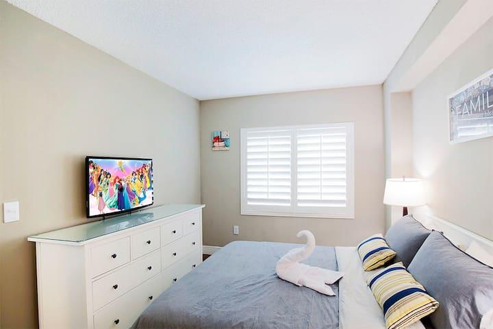 Bedroom 1 - with en-suite bathroom