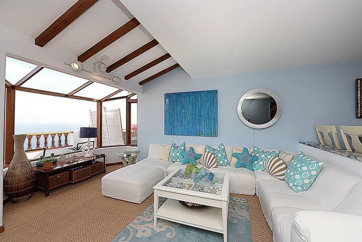 Impeccably Decorated Villa + Panoramic Views + Golf Cart + WIFI + BBQ - Hamilton Cove Villa 1-60