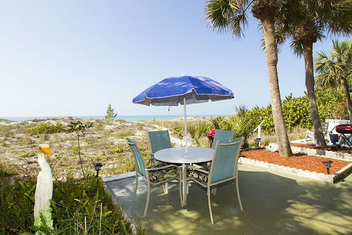 Great Beachfront Ground Floor 2/2 - Indian Rocks Beach - Apartament