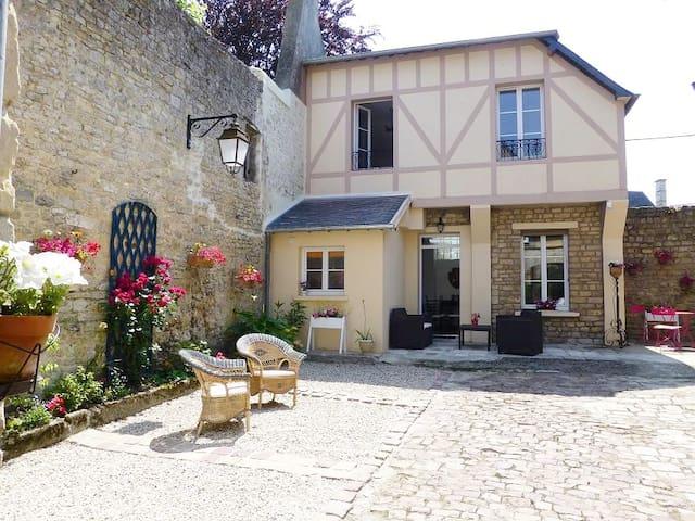 Maison de charme Bayeux centre avec garage