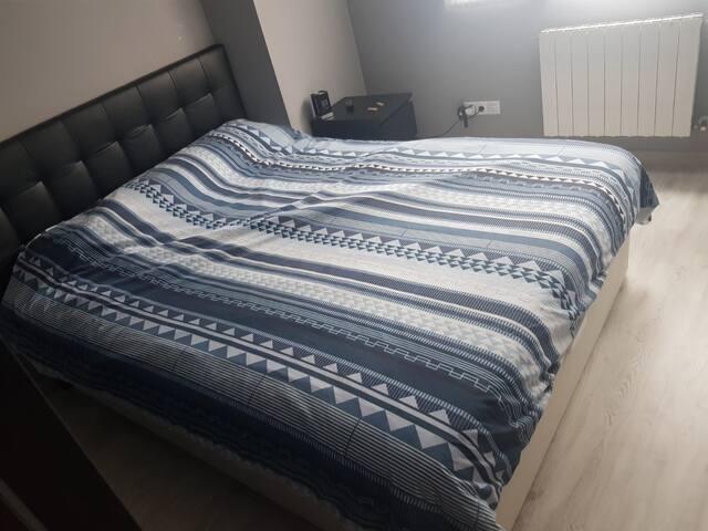 cama 1.60
