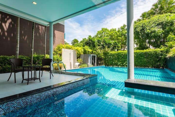 Luxury Private Pool Villa at Bang Saen, Chonburi