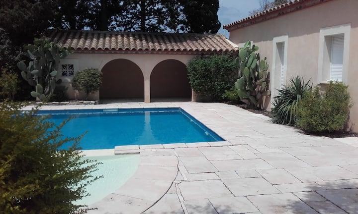 villa premium piscine jacuzzi proche mer