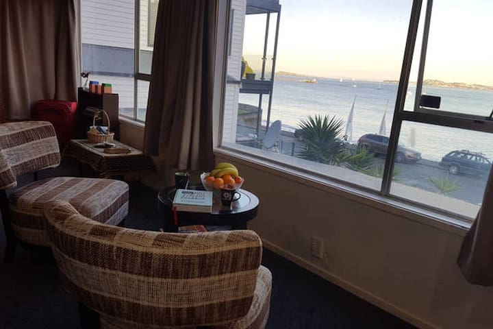 Appartment in front of the sea. - Auckland - Daire