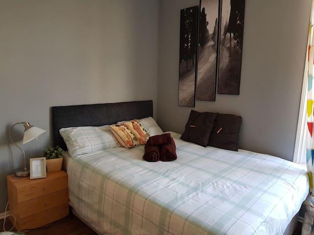 Studio flat SVN London Westfield O2 Shepherds bush