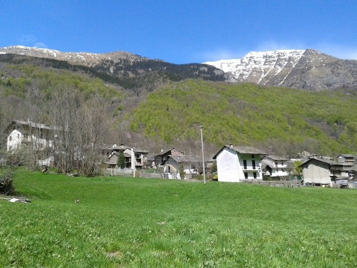 Passeggiate nella natura in Val Grande. On GTA.