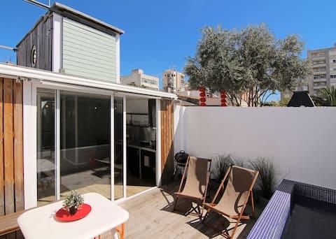 Casa privada de diseño con piscina -ETV/8687