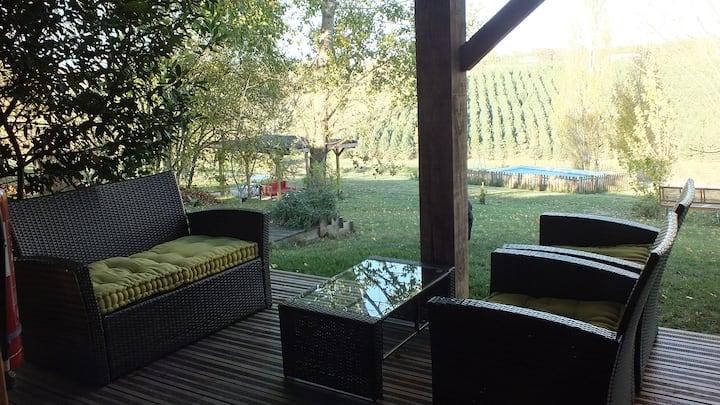 Gîte écologique en bois, piscine, sauna, 4 clés