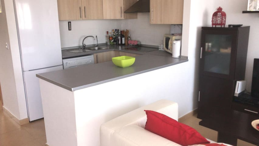 2 bedroom apartment with relaxing roof terrace