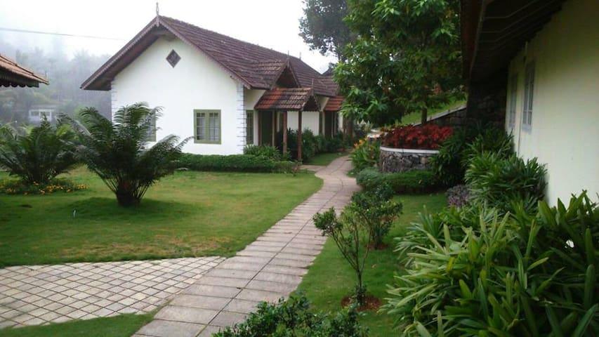 Springdale Heritage Resort,Periyar - Vandiperiyar - Bed & Breakfast