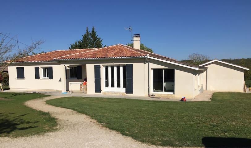 Maison de campagne 220 m2 avec piscine
