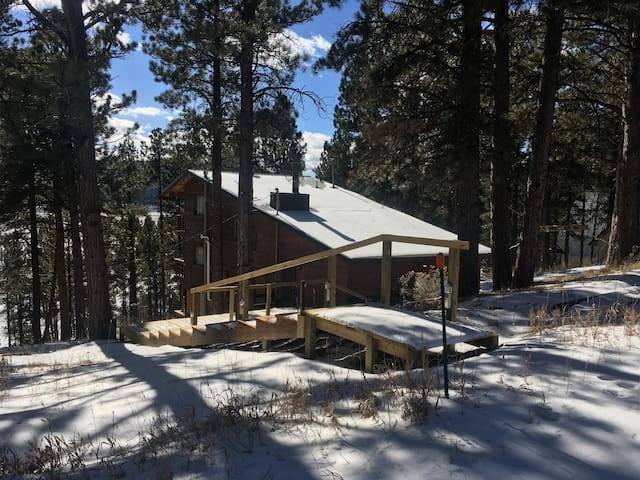 Closing Weekend Special! Cabin with Gorgeous Views