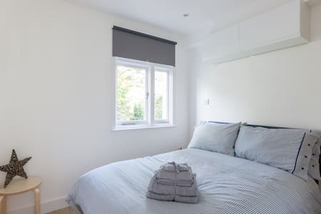 Excellent 1 Bed Flat, Brand New ! - Londra - Appartamento