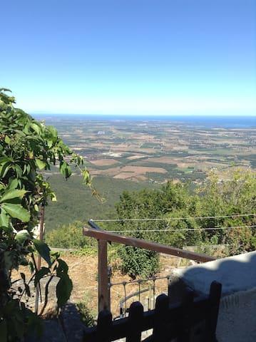 Maison, coeur du village de Prunelli-di-fium'orbo - Prunelli-di-Fiumorbo - Ev