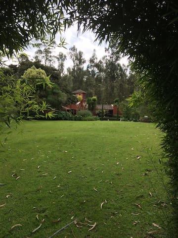 Hermosa Quinta Vacacional Ecuestre - Quito - Bed & Breakfast