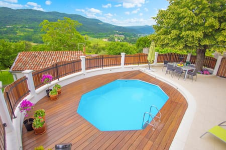 Casa Bepo&Bepa with pool and view - Buzet