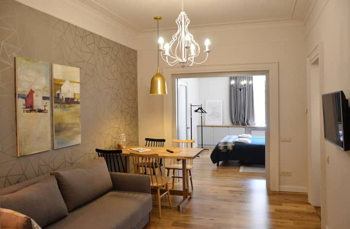 Lviv Linden Apartment