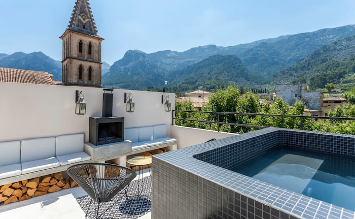 Atico13, unique loft apartment downtown Sóller