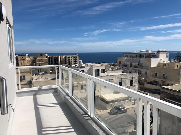 3. Sea View Apartment close to Beach! HPI/7738