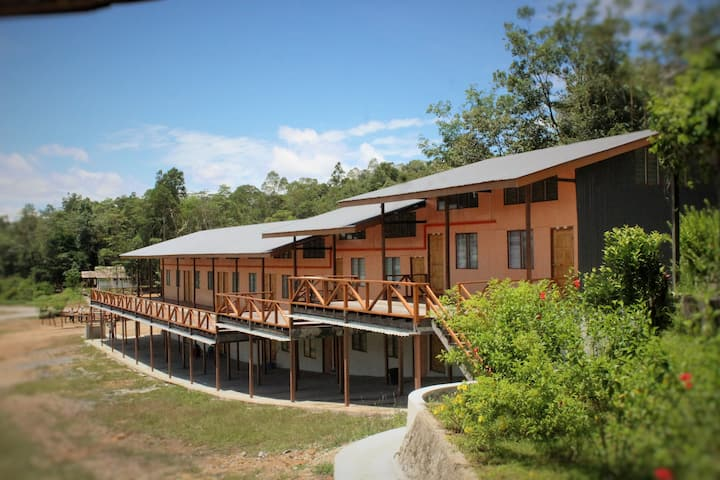 BTV Contemporary Longhouse (Ground Floor)