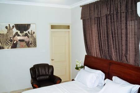 balance sheet hotel