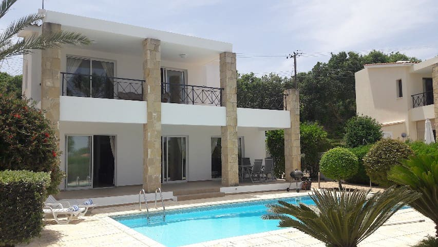 Natures View Villa, private pool, Stroumpi Cyprus