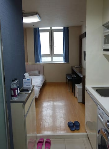 Nice room, 5 min to the subway. - Yeongdeungpo-gu - Flat