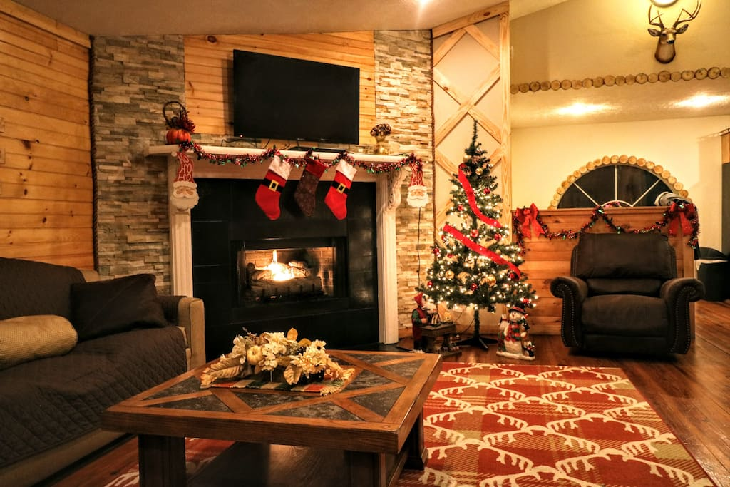 The cabin is already decorated for Christmas