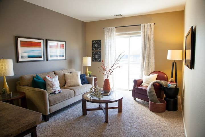 Your home away from home | 1BR in Wyoming