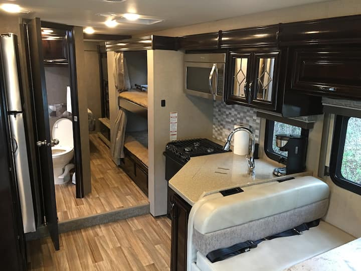 Beautiful And Spacious RV Coach
