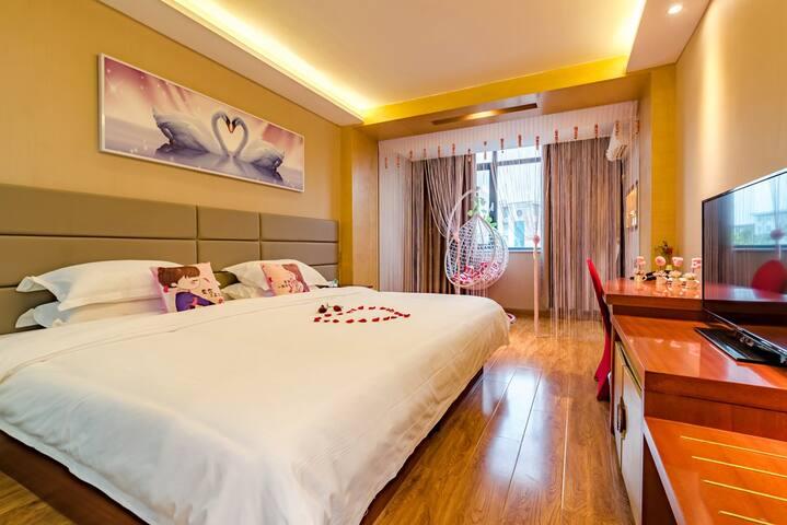 泰山脚下、泰山火车站、汽车站唯德泰山印象酒店 浪漫情侣房