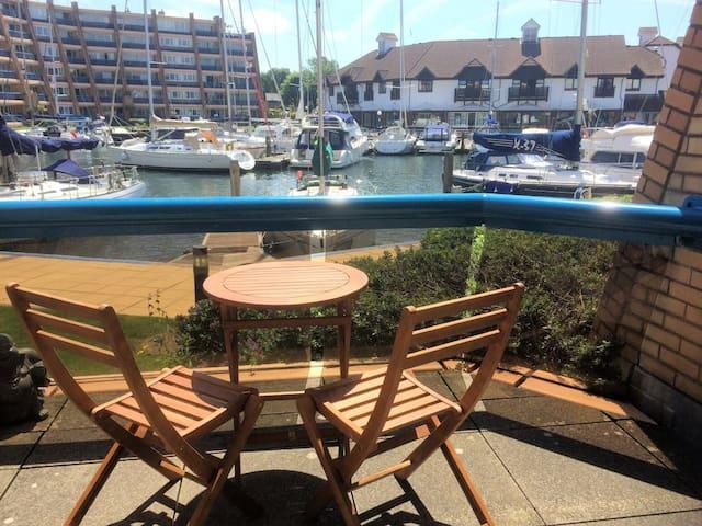 Ground floor apartment inc free parking gym & pool - Portsmouth - Wohnung