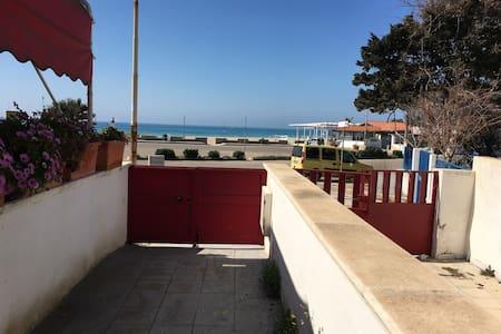a 20mt dalla spiaggia appartamento in Lido Marini - Lido Marini - Talo
