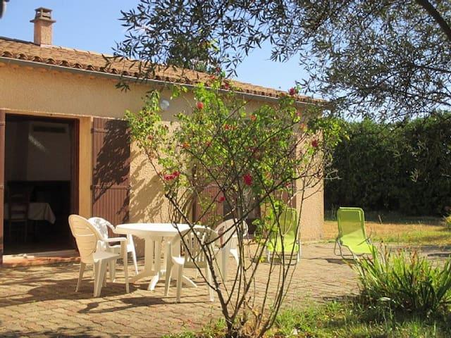 Villa Valaurie: Le repos assuré à la campagne - Lézan - Villa