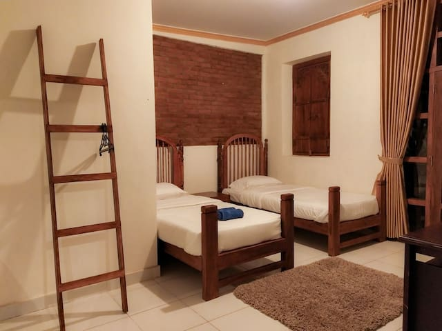 villa opa doel, alcander room