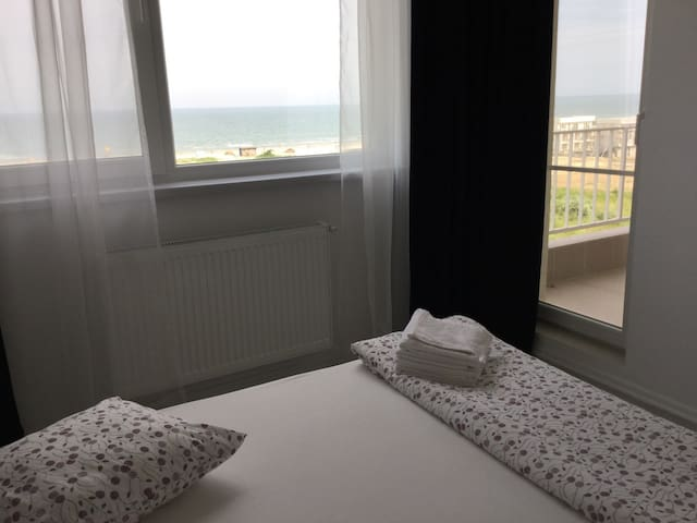 Beach Promenada View Apartment - Mamaia-Sat - Huoneisto