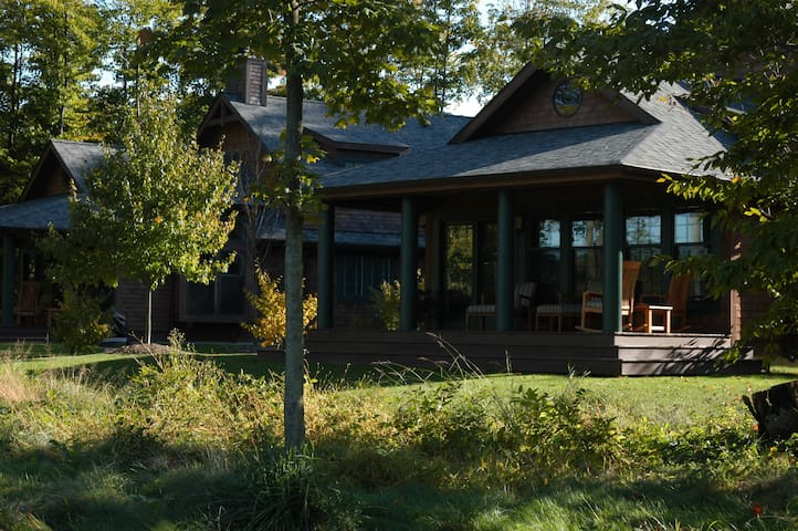 Sand Ridge Golf Course Cottages - Chardon - Cabana