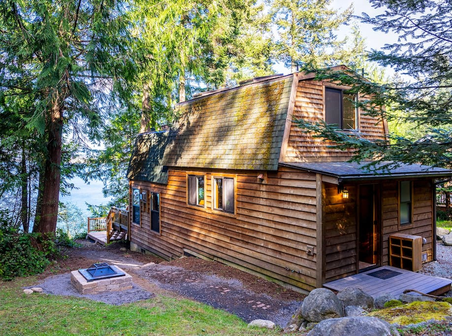 2bd waterfront cabin on hunter bay houses for rent in for Washington state cabins for rent
