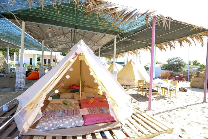 The Happy Ride Glamping - love Tent. Book now