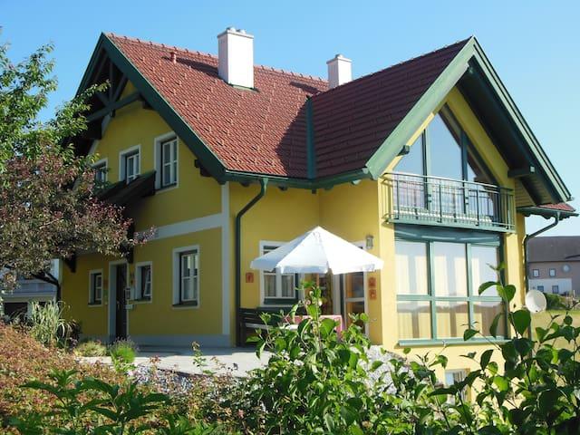 Marga´s Ferienwohnung - Sarleinsbach
