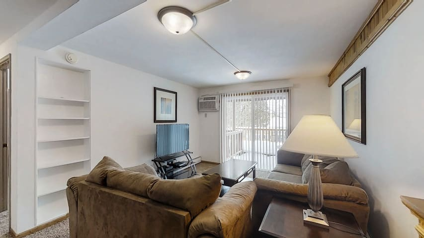 One Bedroom Serviced Apartment in Central Madison