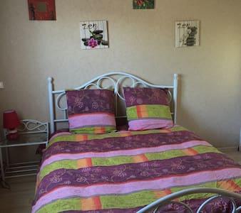 Appartement 2 pièces RDC jardin - Saint-Flour